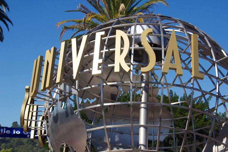 Universal_Studios_Hollywood_2012_01.jpg